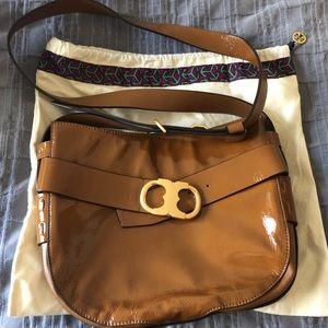 Tory Burch Gemini Link Crossbody Bag